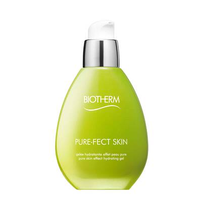 The freshness and hydration of a moisturizer, the finish of a mattifying powder with 8h shine control. Modern life, stress and an inappropriate diet can upset the balance of our skin: its starts secreting excess sebum and water, which create a dirty layer where impurities develop causing an uneven tone, visible pores and shiny skin. To reduce these impurities, Biotherm creates purefect skin with l.digitata extract, zinc and perlite. Visible results: skin texture is refined, skin is left looking clean, purified with a uniform complexion.
